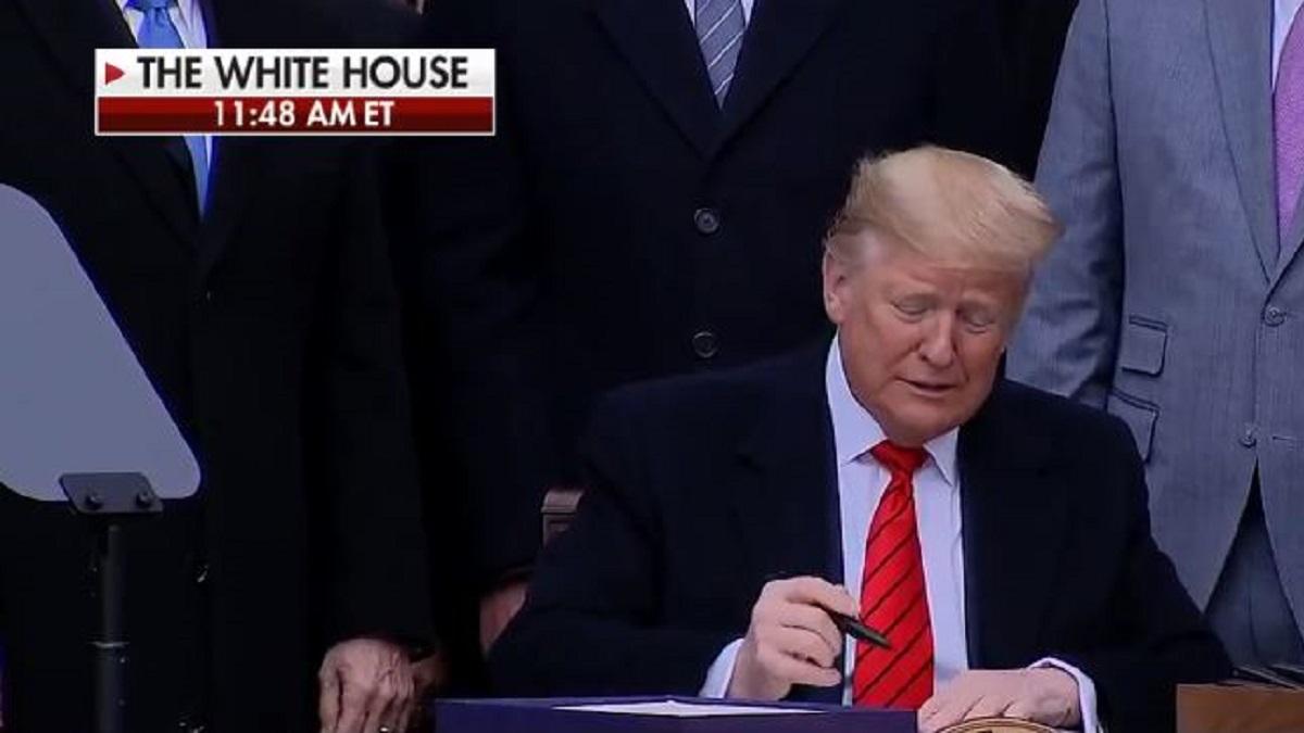 Trump Signs USMCA