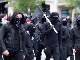 antifa blm riot seattle